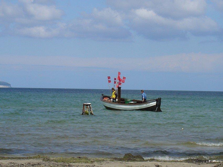 Rügen Impressionen: Fischerboot in Vitt