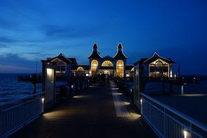 Seebrücke Sellin abends