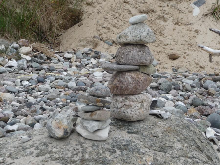 Steine stapeln am Selliner Strand