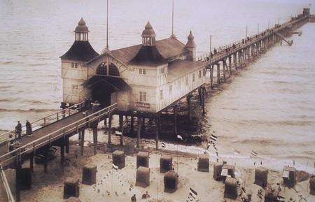 Hitorische Fotoaufnahme der Seebrücke in Sellin