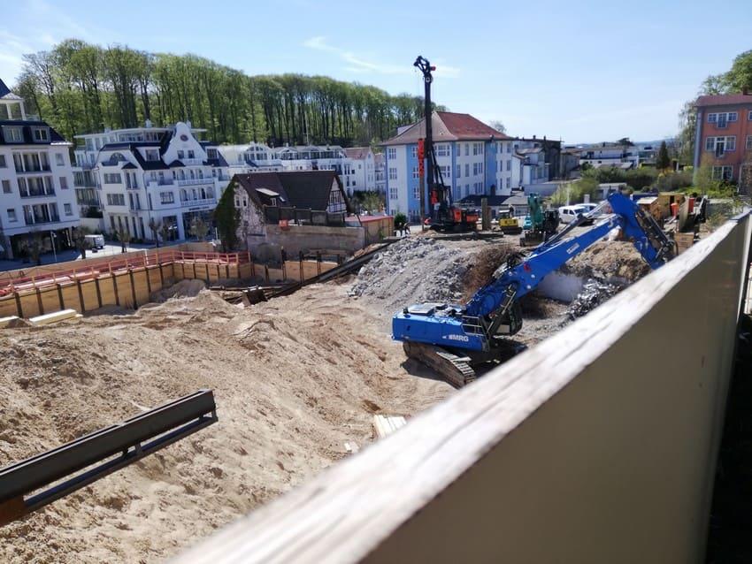 Baugrube Kurhaus Sellin Mai 2021