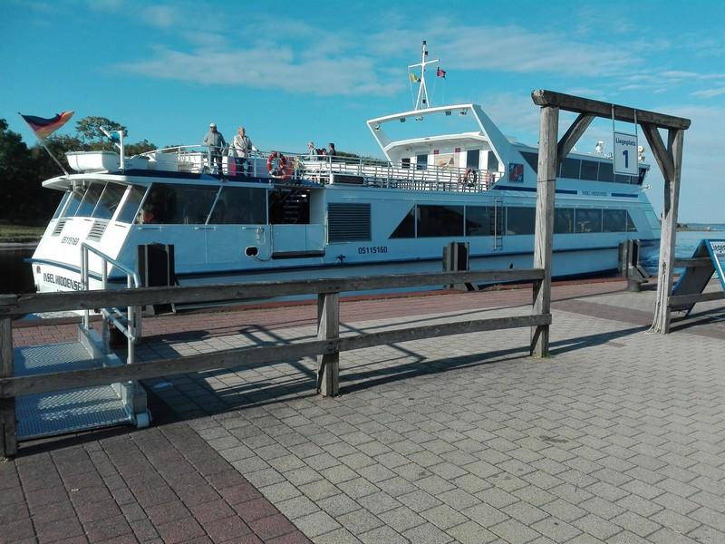 Fahrgastschiff nach Hiddensee